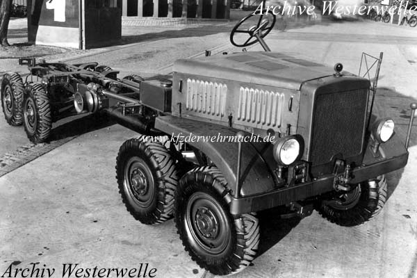 m gl Lkw 4t 8x8 Fahrgestell (MAN), Archiv Westerwelle